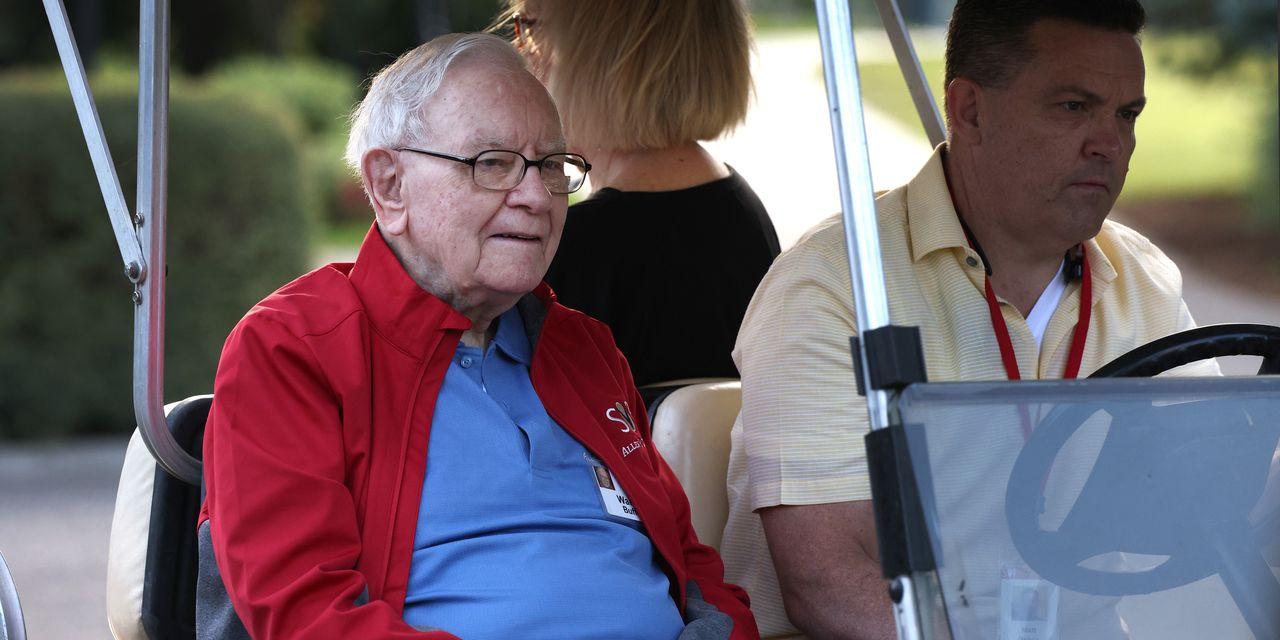 A Peek Into Warren Buffett's Second-Quarter Stock Moves