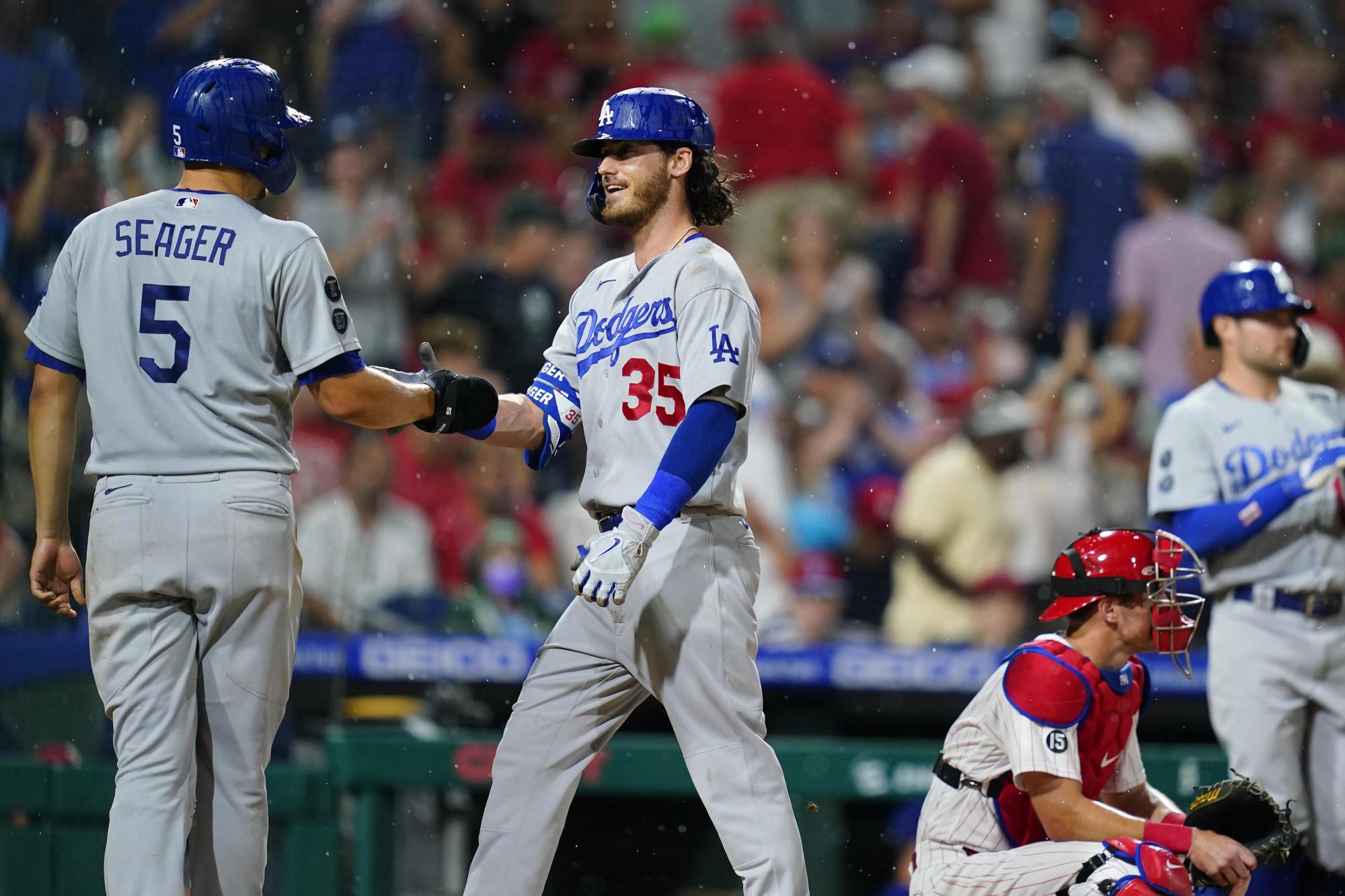 Dodgers' Bellinger 2 HRs, connects in marathon AB vs Phils