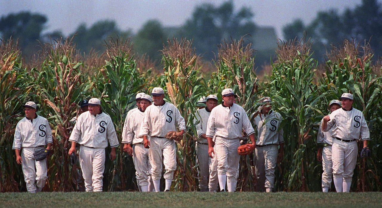 Field of Dreams Game Steps Into Reality for MLB Grounds Crew