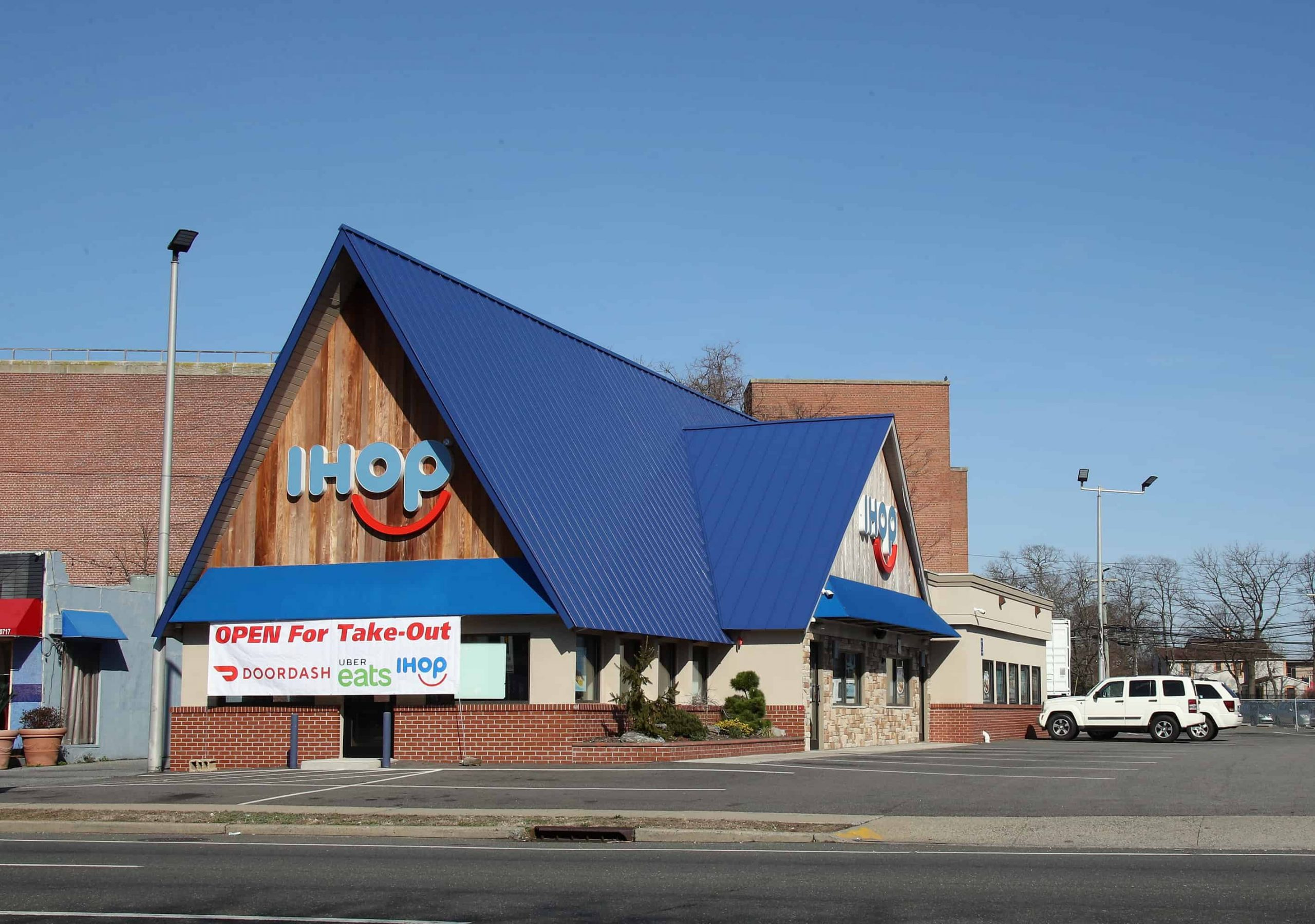 IHOP Is Bringing Alcohol To Select Locations With The Potential To Offer It Nationwide