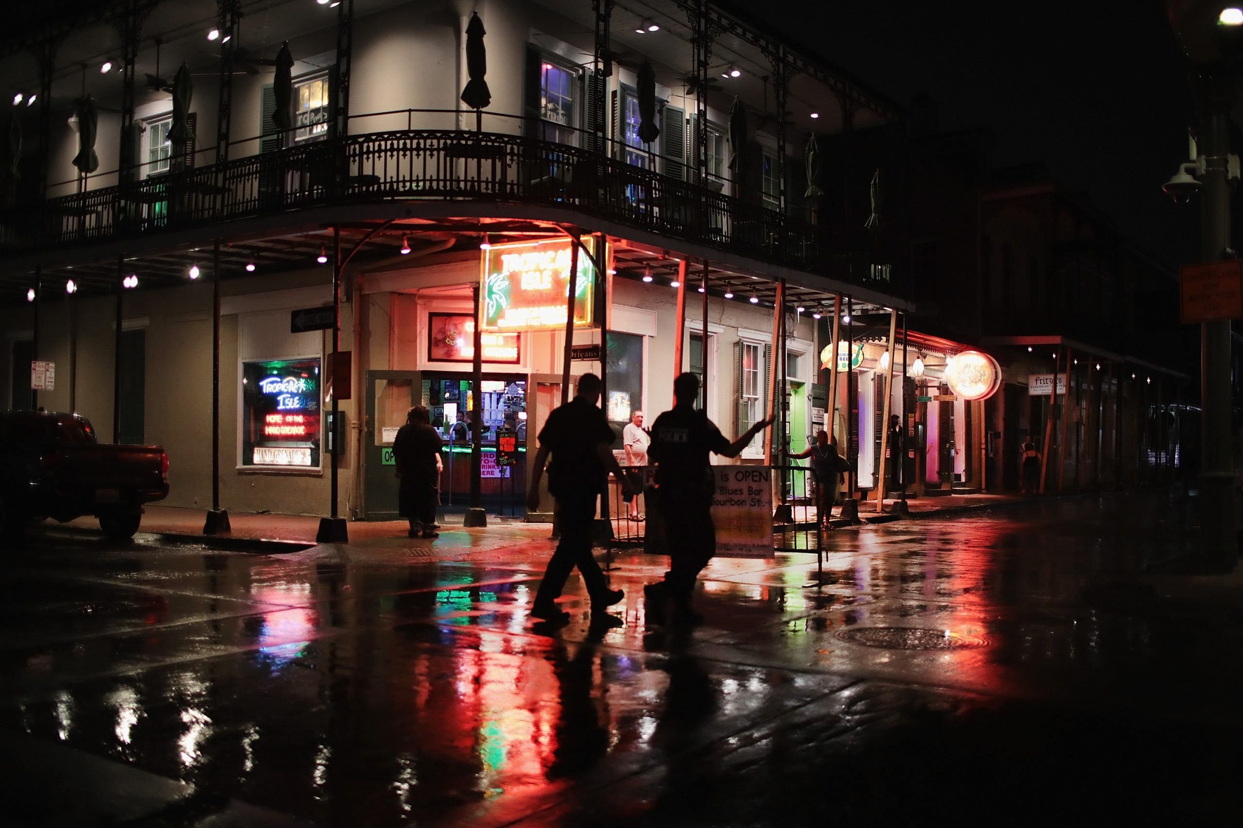 New Orleans Now Requiring Residents 12+ To Be Vaccinated Or Show Proof Of Negative COVID-19 Test In Order To Enter Restaurants, Bars, Gyms, Music Venues & More