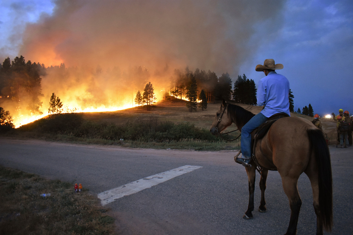 Richard Spring Wildfire bears down on Montana towns