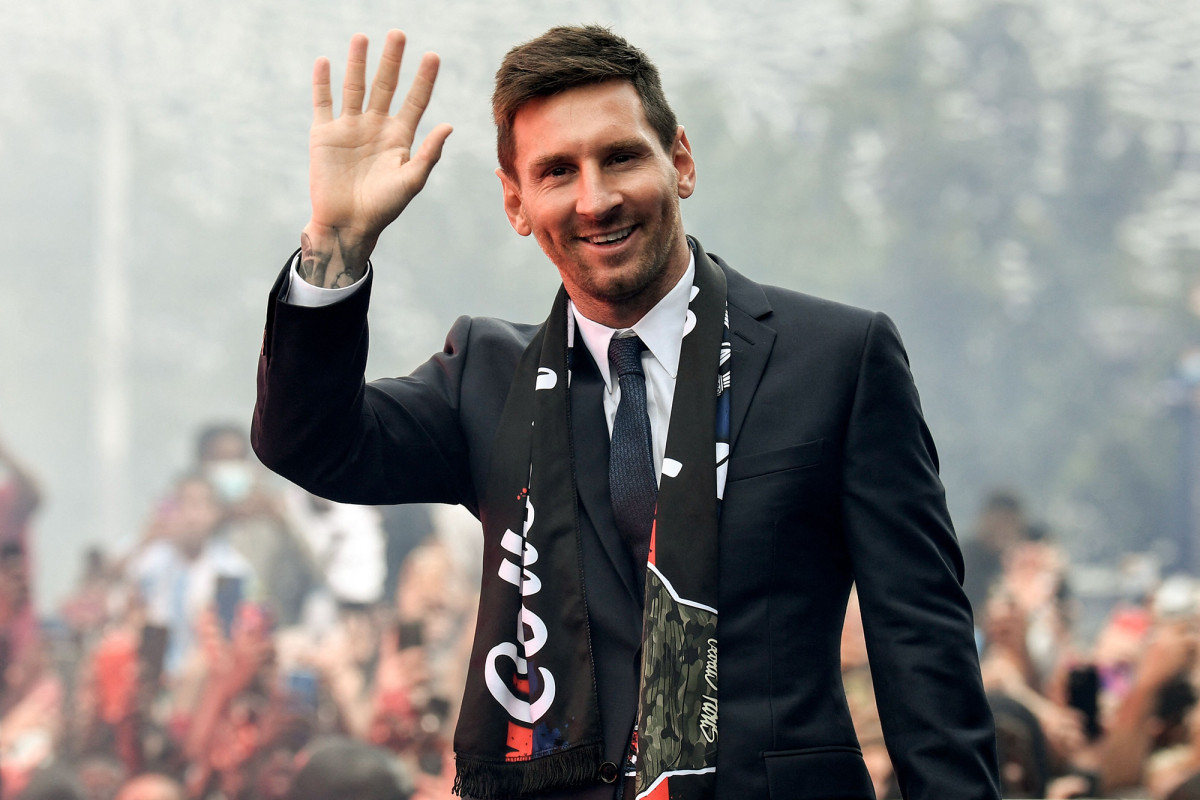 Paris Saint-Germain soccer club to pay Lionel Messi in cryptocurrency